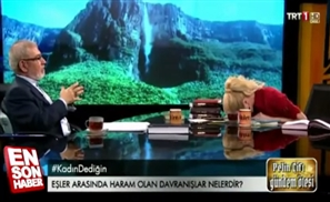 VIDEO: Turkish TV Host Laughs Hysterically as Religious Expert Talks Oral Sex