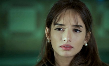 Egyptian Actress Zeina Allegedly Assaults American Family in Dubai For Secretly Filming Her