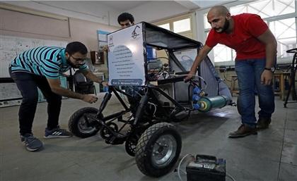 Egyptian University Students Create a Car That Runs on Air