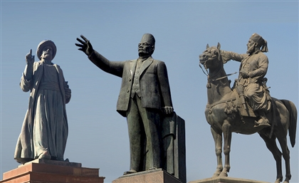 Suffering in Stillness: The Tragic Realities Behind the Statues of Downtown Cairo