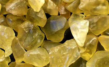 Mysterious Glass Found in Egypt's Western Desert May Have an Astronomical Origin