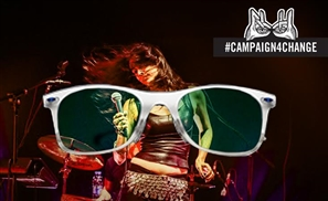 Ray-Ban and CairoZoom Just Made Your Summer Photos Hotter