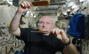 VIDEO: Ping Pong IN SPACE!