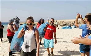 UPDATE: Foreigners in Egypt Clean Up the Litter-Ridden Hurghada Beaches