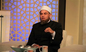 Muslim Preacher Says Women Must Give Husbands 30% of Their Salary