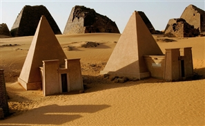7 Pyramids That Exist Outside of Egypt