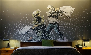 """Banksy Opens Hotel with """"Worst View in the World"""" Facing Israel's West Bank Barrier in Bethlehem"""