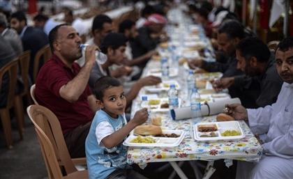 Amr Adib Fiercely Criticises Egypt's New Ramadan 'Mercy Tables' Regulations